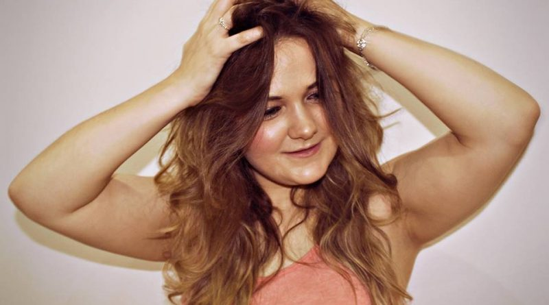 """Shannon Hynes – """"I'm Not Pretty' Out Today and Hits the Top Spot!"""